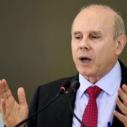 A conveniente ausência de Henrique Meirelles na delação da JBS