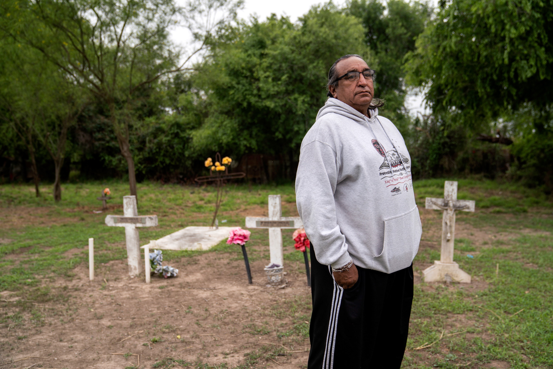 Juan B. Mancias poses for a photo at the Eli Jackson Cemetery in Hidalgo County, Texas on March 17, 2019. Photo: Verónica G. Cárdenas for The Intercept