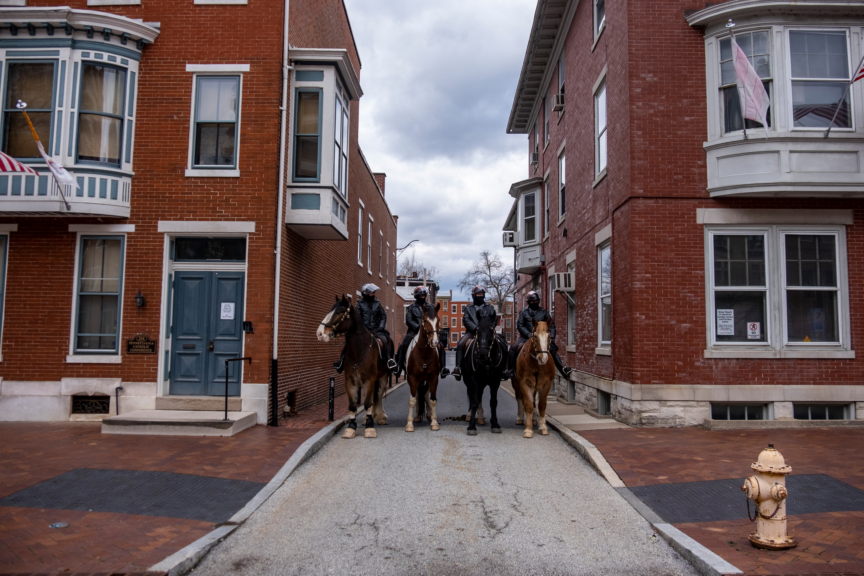 Police on the street of Harrisburg, PA, in response to threats against the capital.
